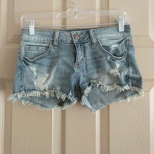 Sneak Peak jean shorts